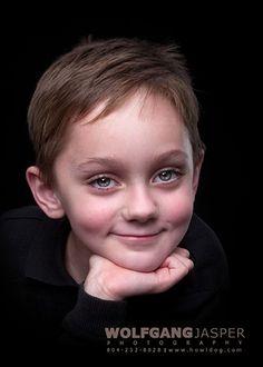 child, children, innocence, happy, joy, portrait, portraiture, richmond, virginia, wolfgang jasper, photography, fine art photography, fine art portraits, studio, www.howldog.com