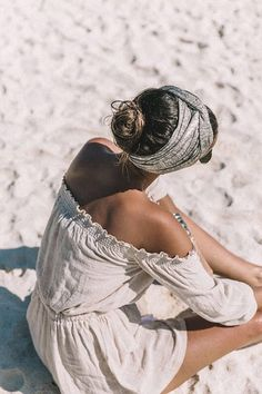 that's a wrap. Beach hair style. Off shoulder top on the sand