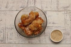This is absolutely the best battered honey chicken out there guaranteed! Honey Chicken, Pesto Chicken, Lemon Chicken, Cashew Chicken, Snack Recipes, Cooking Recipes, Healthy Recipes, Savoury Recipes, Healthy Meals
