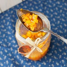 Pumpkin Jam with Raisins and Vanilla Bean. And be creative, don't be afraid to substitute Acorn, Butternut, Banana, or some other squash in place of Pumpkin. Hubbard Squash Recipes, Blue Hubbard Squash, Pumpkin Jam, Pecan Nuts, Sweet Cakes, Canning Recipes, Chutney, Raisin, Fruit