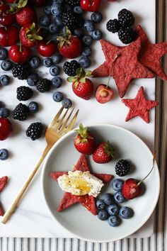 Beet and Black Pepper Star Crackers