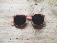 vintage pink wayfarers
