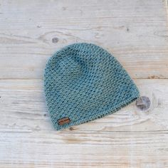 Different Colors by acrazysheep Knitted Hats, Crochet Hats, Different Colors, Winter Hats, Knitting, Trending Outfits, Unique Jewelry, Handmade Gifts, Baby