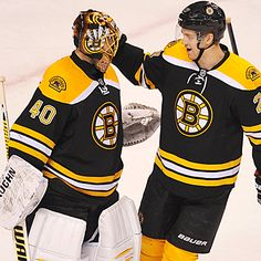 Tuukka Rask makes 23 saves to earn the shutout as the Bruins hand the Flyers their third consecutive loss. (Getty Images)