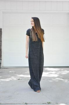 QUICK and easy t-shirt maxi dress tutorial-- with the right fabric, this would be amazing. I could do this in an hour or two! :)
