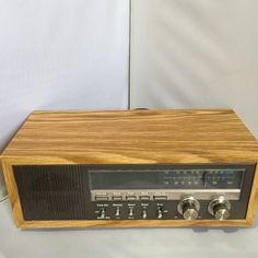 80s Wood Grain Solid State Radio Alarm Clock by Soundesign Vintage  Retro Audio Radio Clock Bedroom // Model 3611