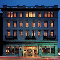 Your Guide to Charleston Hotels | Market Pavilion Hotel