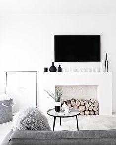 Black & white home @maegabriel