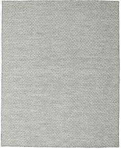 Dessa mattor vävs främst i Dorri i Indien men tillverkning förekommer även i andra delar av landet. Det är en indisk kelimvävnad tillverkad i ull. Indian