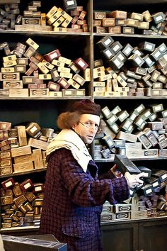 Ollivander's Wand Shop at the Wizarding World of Harry Potter (by Marie's Shots)