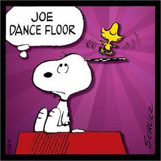 Joe Dance Floor Snoopy and Woodstock cartoon Peanuts Cartoon, Peanuts Snoopy, Peanuts Comics, Snoopy Love, Snoopy And Woodstock, Cartoon Pics, Cartoon Characters, Stupid Pictures, Snoopy Comics