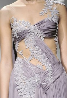Vento Gelido fashion, couture, very revealing but pretty at the same time