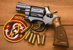 Gun Humor, Ar Pistol, Photography Cheat Sheets, Smith Wesson, Cool Guns, Military Weapons, Firearms, Hand Guns, Survival