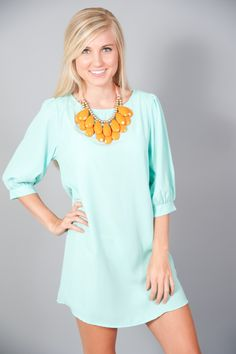 statement necklace, great color combo