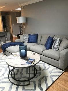 Room & Board - Metro Sofa with Chaise - Modern Chaise Sofas - Modern Living Room Furniture Navy Living Rooms, Blue Living Room Decor, Living Room Color Schemes, Living Room Modern, Home Living Room, Living Room Designs, Navy Blue And Grey Living Room, Small Living, Living Room Decor Grey Couch