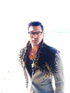 Collar Korowai Flax Weaving, Weaving Art, Dance Fashion, Fashion Outfits, Maori Symbols, Polynesian People, Maori Designs, Maori Art, Art Costume