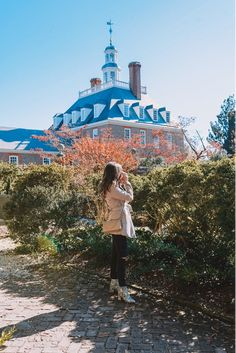 Instagrammable Places in Williamsburg | Visit Williamsburg Williamsburg Inn, Gloucester Street, Colonial Architecture, River Walk, Believe In Magic, Instagram Worthy, Beautiful Places To Visit, Weekend Trips, Plan Your Trip