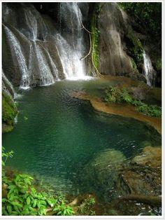 Cachoeira dos Fantasmas, também em Bonito, estado do Mato Grosso do Sul, Brasil.