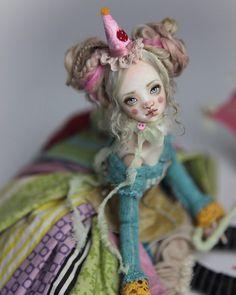 "Gefällt 1,333 Mal, 11 Kommentare - Forgotten Hearts Bjd Dolls (@fhdolls) auf Instagram: ""♦️♠️ www.FHDolls.com ♠️♦️ #clown #porcelain #porcelainbjd #fhdolls #dolls"""