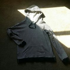 Sweatshirt SZ: M(12)- Grey and White striped sweatshirt. Pretty lightweight. Has slits on both side like shown in picture. Volcom Sweaters