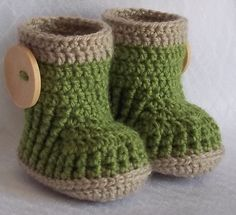 Crochet baby booties boots ... that are to die for.