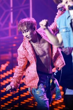 This is for you ELF who want to see our eunhyuk