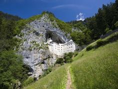 Predjama Castle, Slovenia: The ghost stories are linked mainly to 16th century resident Countess Elizabeth Balthory, who was said to be a vampire and hunted younger women from the surrounding area to feed her youth and beauty. Spooky for many reasons, not least a cave 63 metres deep into which prisoners were thrown to die, the castle remains the site of ghostly voices, footsteps and other unexplained noises.