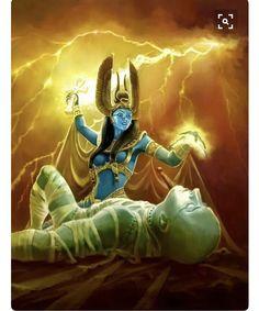 Mitolojide Tanrıça isis , ölmüş olan osiris'e ankh anahtarindan hayat üfler ve onu yasama geri döndürür