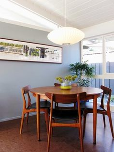My Houzz: A Mid-Century Marvel Revived in Long Beach modern dining room {casual dinning set}