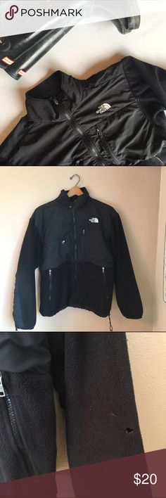 The Northface The Northface Women's Size • Large Black Fleece Zip up with lots of pockets Small hole in arm and small hole near upper back North Face Jackets & Coats