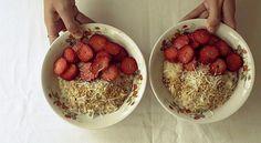 O canal Cozinha da Mari mostra como fazer um café da manhã nutritivo e cheio de sabor com esta receita de Mingau de Aveia.