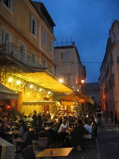 Arles. Le Cafe painted by Van Gogh