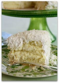 brazilian coconut cake - i want to make this for my bday! the one at 4rivers was soooo amazing.