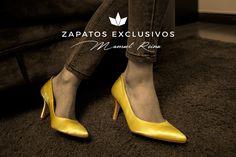 Los lunes con relax......❤️😍💕Stilettos Manuel Reina.... 💕😙😙👠 #MisZapatosSonHermosos #SoloMios #PasionPorLaModa #ZapatosUnicos #ZapatosReina #LaReinaDeMiArmario #TeQuieroEnMiArmario #HechosParaTi #ZapatosExclusivos #HandMadeShoes #MadeInSpain #MisZapatosSonLaEnvidiaDelLugar #ReinaZapatosExclusivos #SiempreGuapa #MujerElegante #EresHermosa #TeQuiero #AmoLosZapatos #sandalias #estilo #tendencia #moda #pasarela #style #bailarinas #francesita #manoletina #stilettos #fashion #trendy