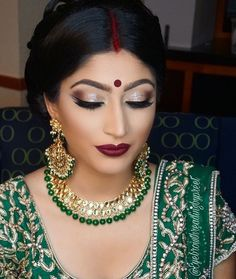 If You are in search for best bridal makeup salon in Lucknow than Virgo Skin And Beauty Studio is Best option for you. Kavita Tilara is a Professional Makeup Artist from Lucknow is one of the best Makeup Artist. Indian Wedding Makeup, Best Bridal Makeup, Wedding Makeup For Brown Eyes, Bridal Makeup Looks, Indian Makeup, Bridal Hair And Makeup, Arabic Makeup, Makeup Salon, Eye Makeup