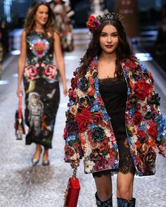Top Bloggers and Influencers Walk the Dolce & Gabbana Fall Show - Dolce & Gabbana Fall 2017 Show