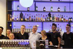 Wenn die Kollegen aus Reservierung, Sales und Technik gemeinsam die Bar schupfen, dann ist das Team Spirit! Das Reeperbahn Festival stellt bei uns nun mal alles ein bisschen auf den Kopf.