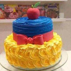 White Birthday Cakes, Snow White Birthday, Disney Birthday, Cake Tutorial, Cute Cakes, Princess Party, Cakes And More, Cake Art, Beautiful Cakes