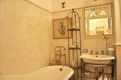 Glam Design : Reforma en Moscú Clawfoot Bathtub, Interior Design, Bathroom, Nest Design, Washroom, Home Interior Design, Interior Designing, Full Bath