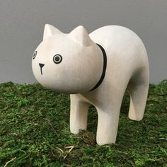 T-lab polepole Large White Limited Edition Cat Japanese Design, Large White, Stationary, Lab, Ceramics, Toys, Modern, Gifts, Ceramica