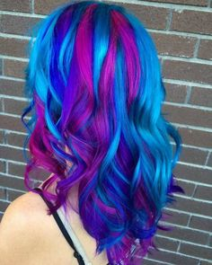 Rainbow Hair Pictures to Join the Unicorn Tribe Blue purple streaked dyed hair MoreBlue purple streaked dyed hair . Bright Blue Hair, Blue Purple Hair, Purple Streaks, Multicolored Hair, Bright Hair Colors, Violet Hair, Turquoise Hair, Different Hair Colors, Colourful Hair