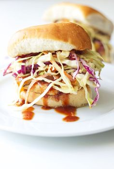 BBQ Turkey Burgers with Chipotle Slaw | Recipe Runner | Sweet and tangy turkey burgers topped with a creamy, spicy slaw! #burgers