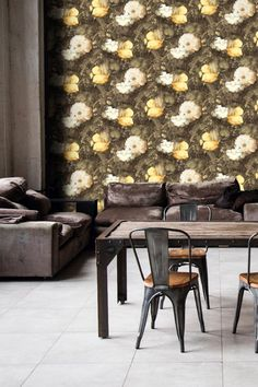 Dramatic floral wallpaper design from the Metropolitan Stories Amsterdam collection.
