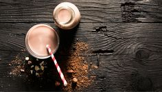 Hazelnut Milk + 3 Other Nut Milks You Need To Try Now Flavored Nutmilk Recipes - Flavor combinations that will make you completely forget about dairy milkFlavored Nutmilk Recipes - Flavor combinations that will make you completely forget about dairy milk Chocolate Photos, Chocolate Day, Chocolate Hazelnut, Healthy Juices, Healthy Drinks, Vegan Bar, Juice Smoothie, Smoothies, Raw Food Recipes