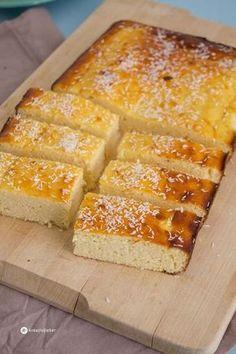 Pan de coco y queso quark - Backen - Recetas Coconut Recipes, Baking Recipes, Cake Recipes, Dessert Recipes, Quark Recipes, Pizza Recipes, Food Cakes, Clean Eating Diet, Clean Eating Recipes