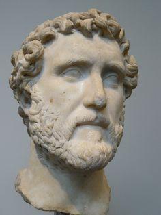 Roman Emperor Antoninus Pius 138-161 CE (1)