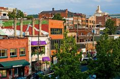 http://theodysseyonline.com/centre/my-go-to-eateries-in-asheville-nc/212525 7 Great Places Locals Eat At in Asheville, NC