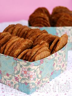 croustilles aux amandes Sweet Cookies, Biscuit Cookies, Biscuit Recipe, Cake Cookies, Scones, Pumpkin Biscotti, Bolacha Cookies, Almond Bread, Muffins