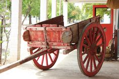 Traditional Old Ox Wagon by Charissa Lotter (de Scande) Hand Cart, Modern Times, Car Wheels, Ox, Cannon, Wood Projects, Traditional, Photos, Vintage