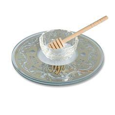 Glass, Wood Diameter: 19cm / 7.5 This beautiful plate will make a sensational…